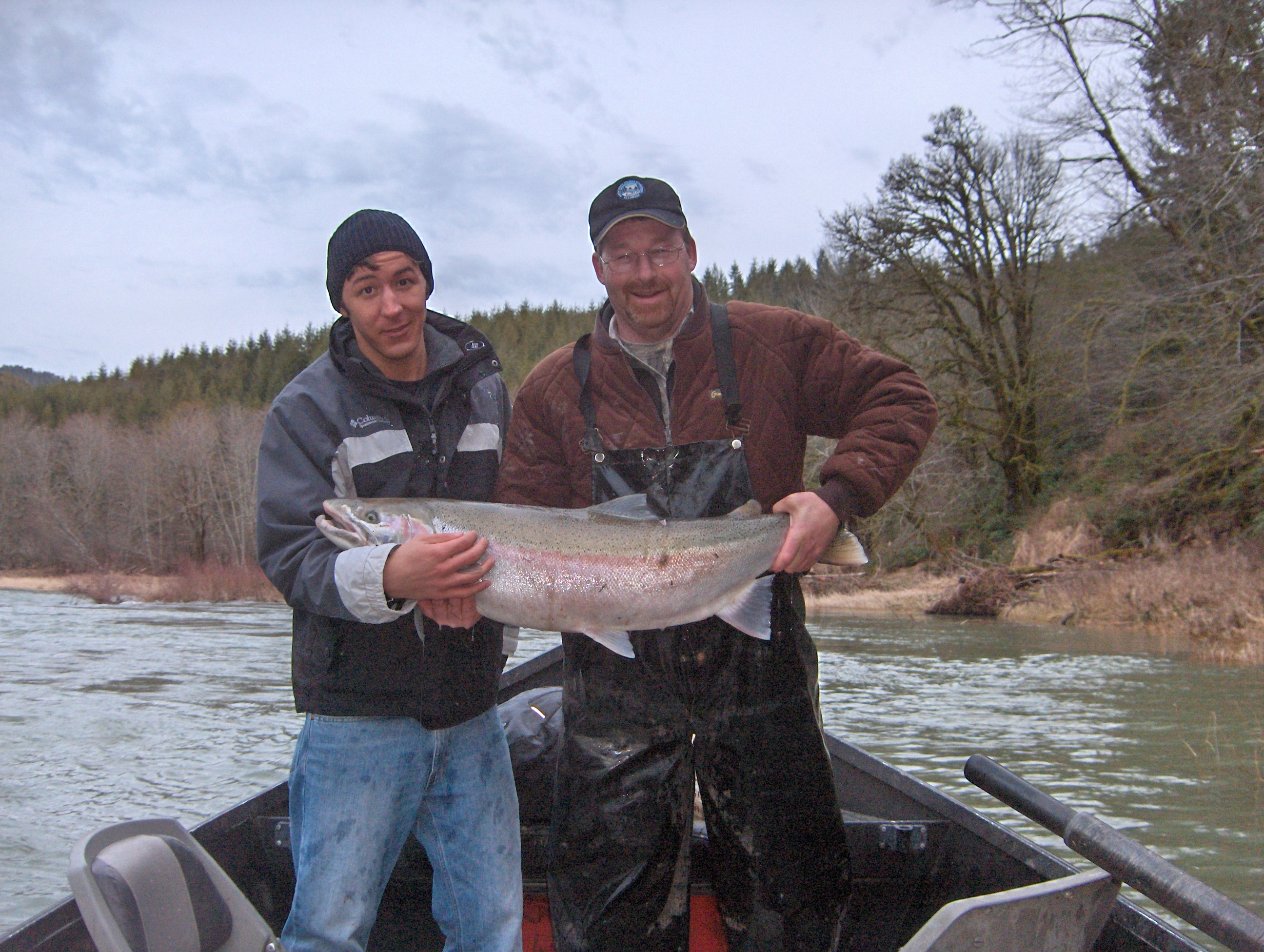 Salmon steelhead fishing on oregon 39 s nestucca river for Wilson river fishing report